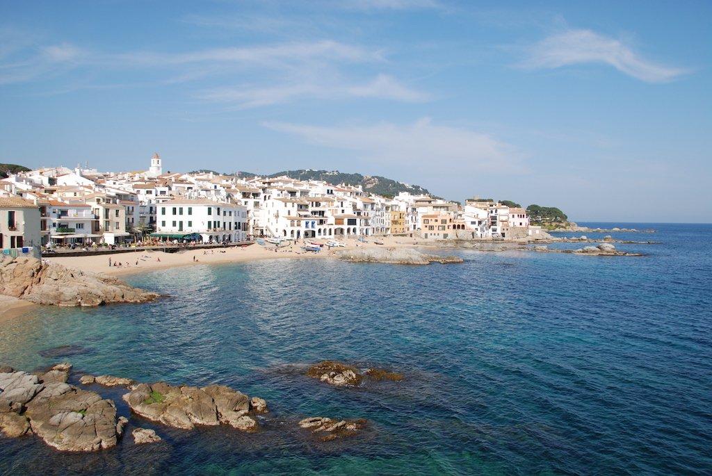 Calella de Palafrugell: donde el vaivén de las olas del mar te transportará a un mundo perfecto.